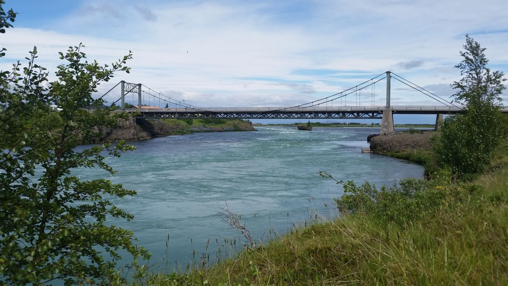 Closure of the bridge over Ölfusá river at Selfoss in the middle of August